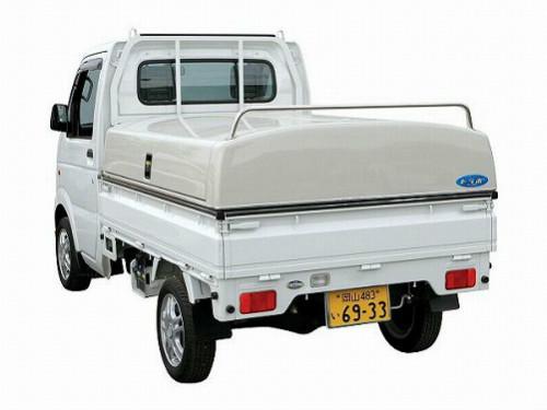 荷物をしっかり守る!便利なトラック物流用品